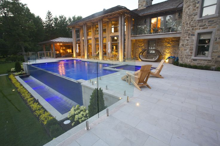 #lighting #landscapedesign #swimmingpool #landscapearchitect #patio #outdoordecor #photooftheday