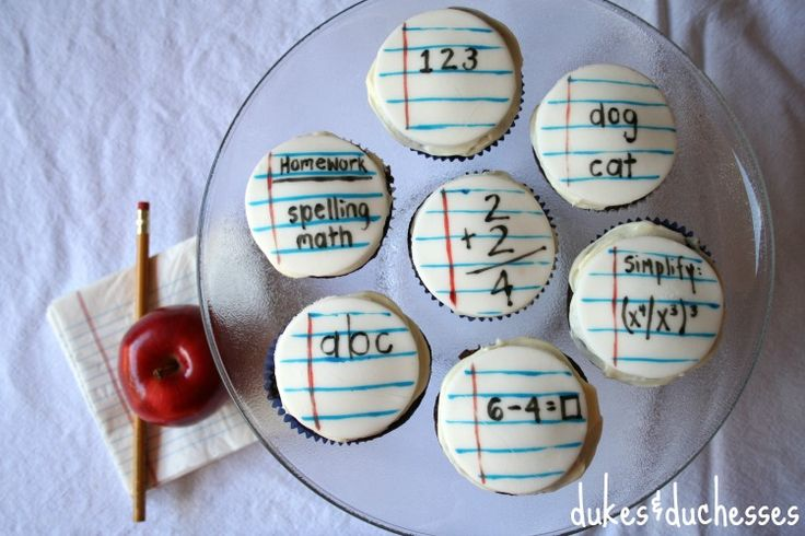 back-to-school-cupcakes via Dukes and Duchesses