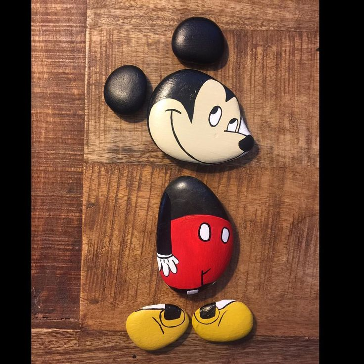 Doubt kills more dreams than failure ever will. These rocks never doubted. #mickey #mickeymouse #disney #artoftheday #artistic #illustration #creative #cartoon #drawing #paintedrocks #paintedstones #rocks #stones #painting #DIY #arts #hobby #hobbies #drawing
