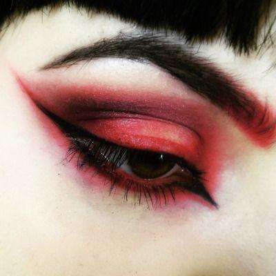 LOVE red eyeshadow! | Make Up | Pinterest | Emo scene, Spock and ...