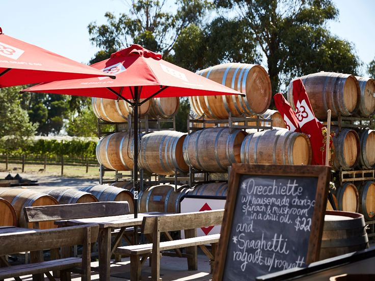 Looking for a weekend activity that both adults and kids will enjoy? Organise a trip to one of these family-friendly wineries throughout Victorian.