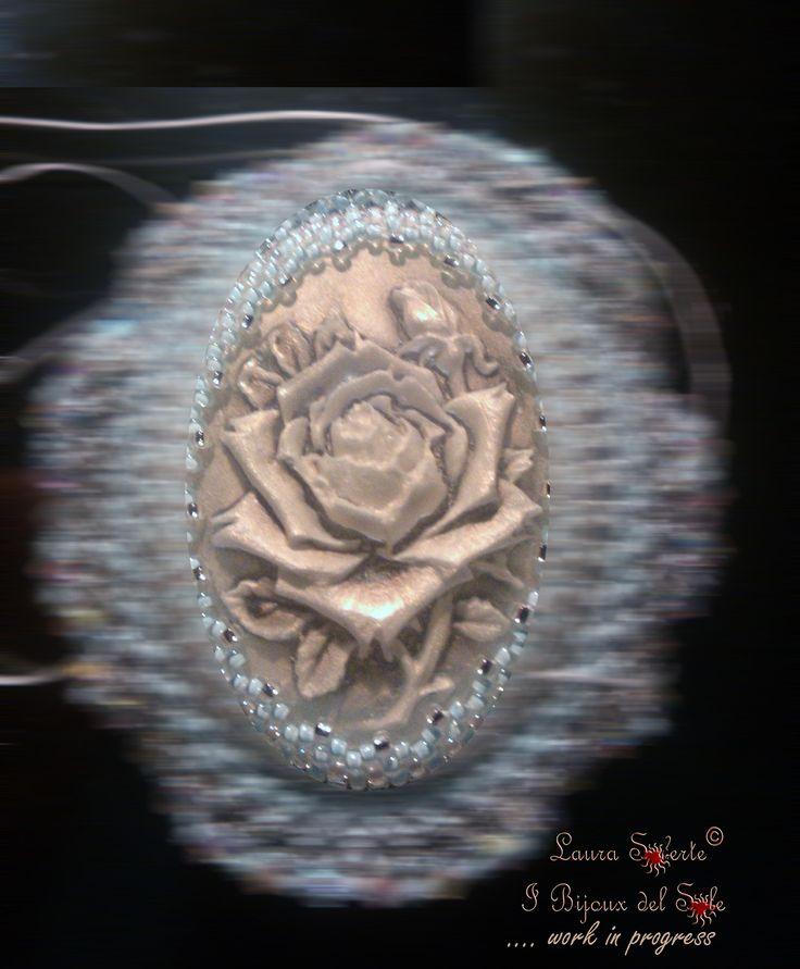 Ciondolo Serendipity: Disegno, Progetto e Realizzazione di Laura Solerte - I Bijoux del Sole - Copyright 2013 - Tutti i DIRITTI RISERVATI -  Work in progress