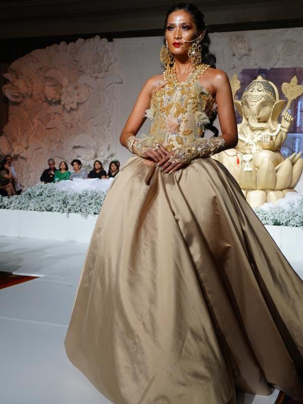 25 ide terbaik Koleksi pengantin di Pinterest Stella