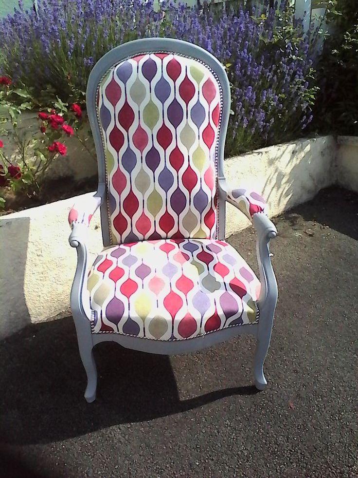 les 20 meilleures id es de la cat gorie fauteuil voltaire sur pinterest retapisser un fauteuil. Black Bedroom Furniture Sets. Home Design Ideas