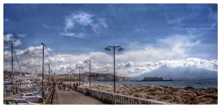 Un bacione dall' ombra del Vesuvio....gif, Vesuvio , mare , Napoli