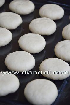 Diah Didi's Kitchen: Tips Menguleni Adonan Roti Atau Donat