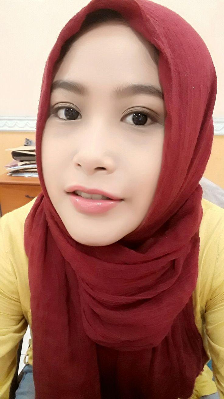 #red #hijab #on #working #dailyhijab