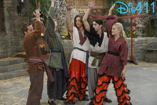 Olivia Holt, Jason Earles, Dylan Riley Snyder, Mateo Arias and Leo Howard
