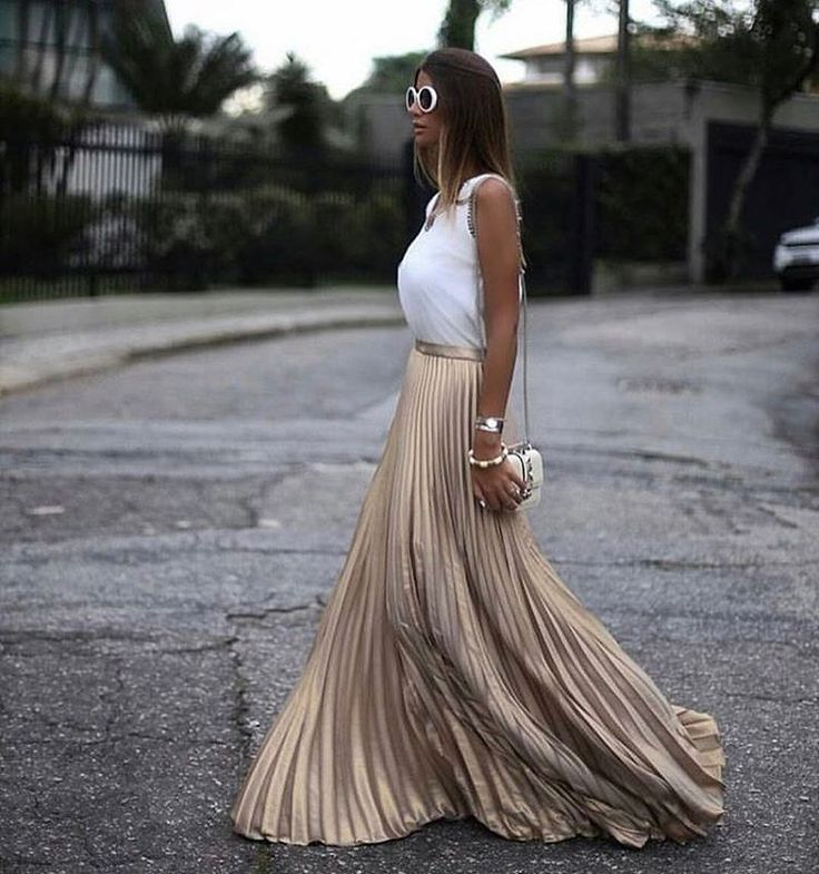 "12.1k Likes, 47 Comments - @milano_streetstyle on Instagram: ""Beauty via @the_most_stylish_  @chrisbittar """