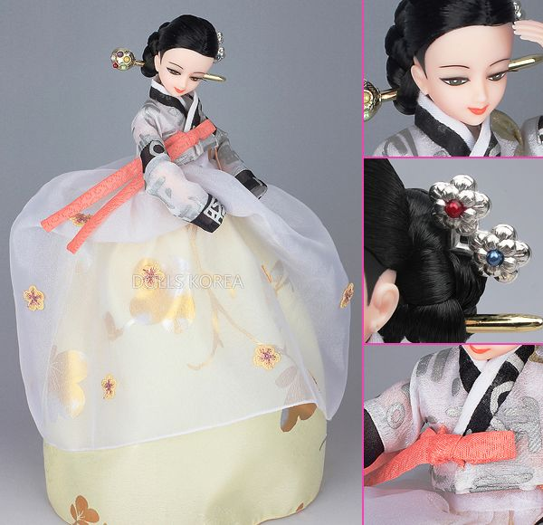 Korean Doll Wearing #Hanbok - 벚꽃 날리다