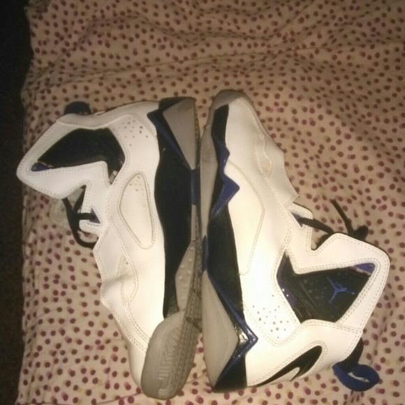 Jordans true flight Like new.. Worn only a couple times. Will clean again before shipped. White and black w a little splash of purple to catch people's eyes. Very comfortable and casual and basically new $115 shoes that I just let sit in my closet. Trades welcomed. Offers considered (: Jordan Shoes Sneakers
