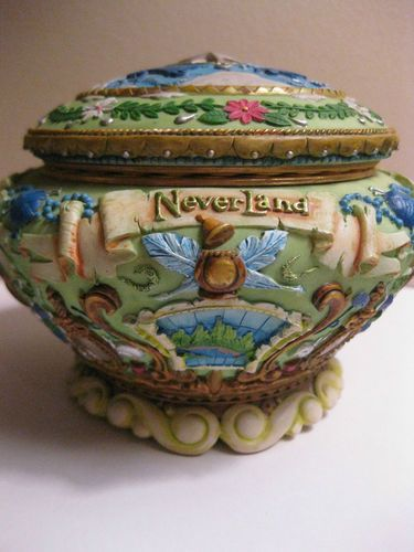 Walt Disney Tinker Bell Peter Pan Music Jewelry Box Round Never Land RARE GREEN I want soo badly but so expensive