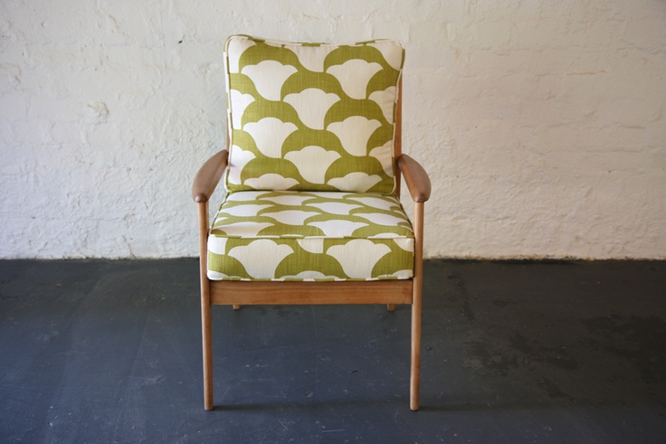 parker knoll chair - I love this. I'm looking for ways to restore two vintage Parker knoll chairs I have. I think sort of fabric is the way forward.