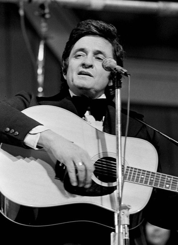 Johnny Cash   Johnny Cash: Der Country-Sänger hat die Sorgen der Welt auf sechs ...