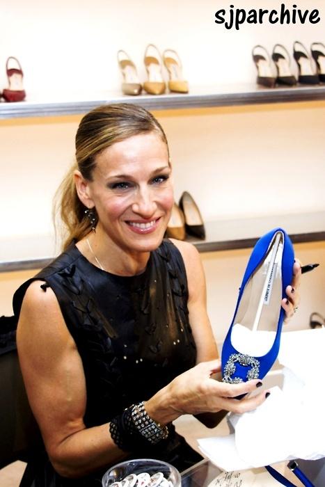 manolo blahnik satc blue shoes
