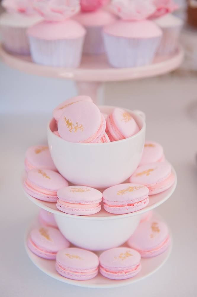Watercolour Pink Bridal Shower | Cakes Inc  @ohferi_eventstyling #cakes #cake #cakeporn #dessert #cakeideas #cakeinspiration #cakesinc #partycakes #party #partyideas #cupcakes #partyinspiration #flowers #floral #pretty #prettyparty #love #sweet #desserts #feminine #dessertbuffet #sweet #dessertbar #bridalshower #bridalshowerideas #bridalshowers #weddingshower #weddingshowers #partystyling #partyinspiration #prettyparty