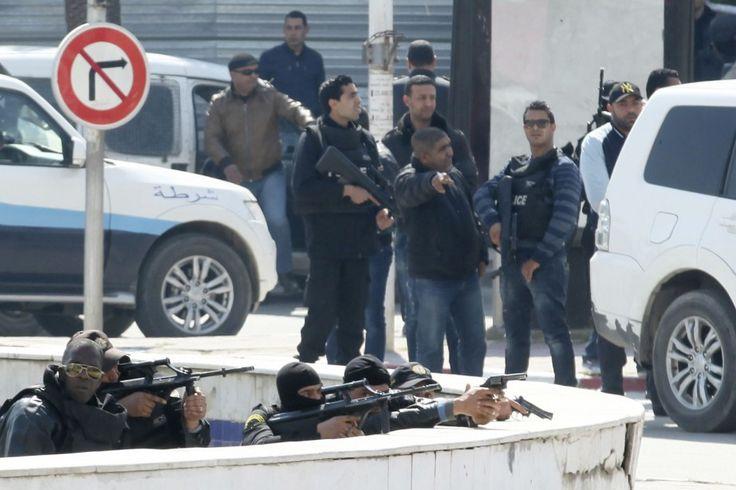18 mars 2015 - Attaque à Tunis: 19 morts, dont 17 touristes
