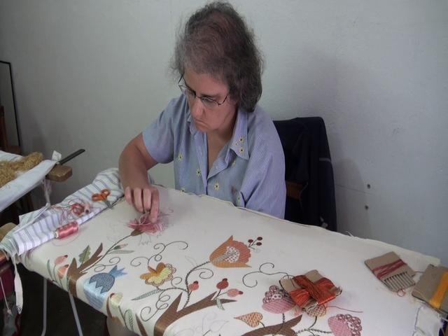 Castelo Branco Silk Embrodery Artisan