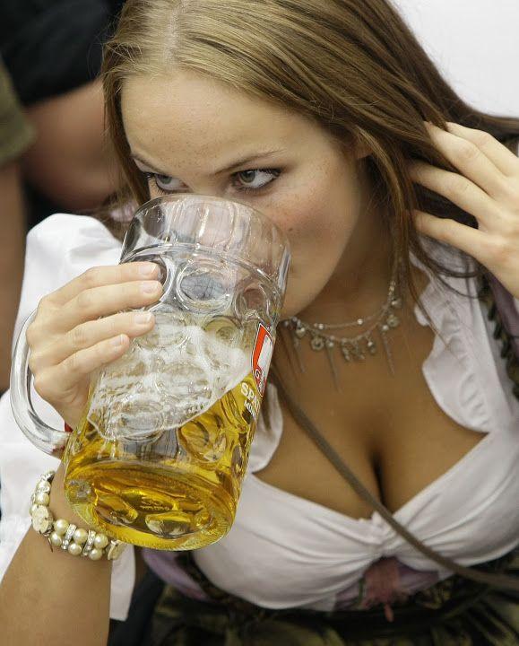 Brunette erotic photos of german women bali
