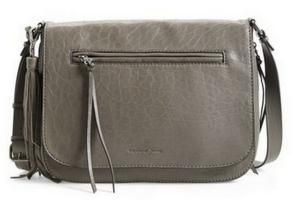 Best Handbags for Your Body Type - How to Find the Best Handbag for Your Body Type: Curvy