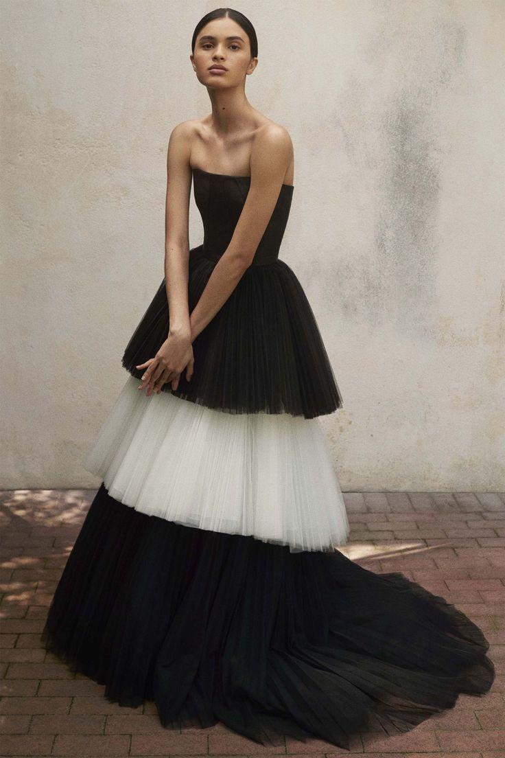 Carolina Herrera - HarpersBAZAAR.com