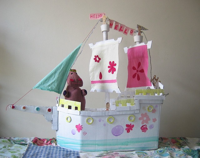 I very much like this and i will attempt to do it :P: Kids Re Purposed, Cardboard Castle, Kids Art, Cardboard Pirate Ships, Kid Stuff, Craft Ideas, Rainy Days