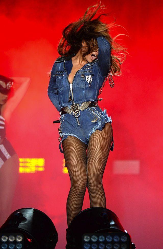 How beautiful does Beyonce look in her custom Diesel Denim Jumpsuit? Get her look now! http://thejeansblog.com/celebs-in-denim/beyonce-wears-custom-diesel-denim-jumpsuit-on-tour/