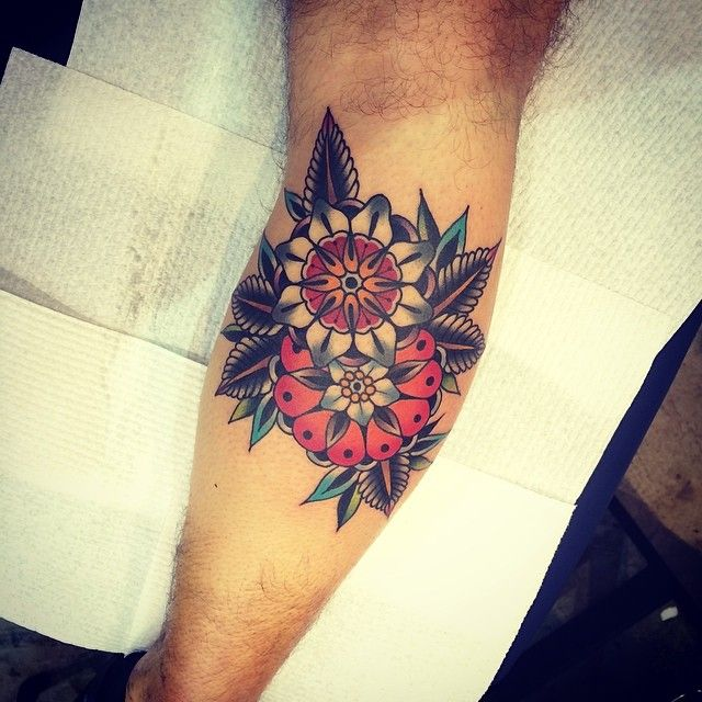 goodluckmelbourne:  Done at the Perth tattoo convention by kirk jones @kirk_jones #goodlucktattoo