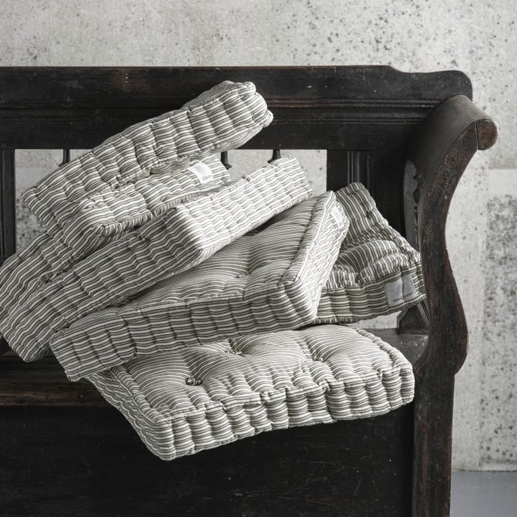 17 Best ideas about Futon Cushions on Pinterest