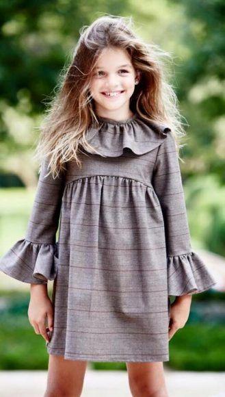 Moda de España para niñas de la mano de la marca Pepito by Chus. Encuentra toda la nueva colección en la tienda online. Compras seguras.