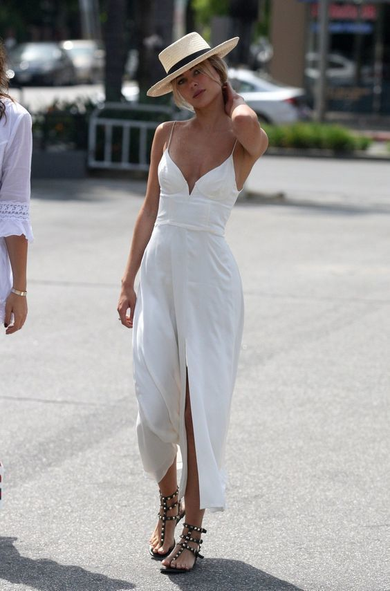 Elegant A-line Chiffon Simple prom dress