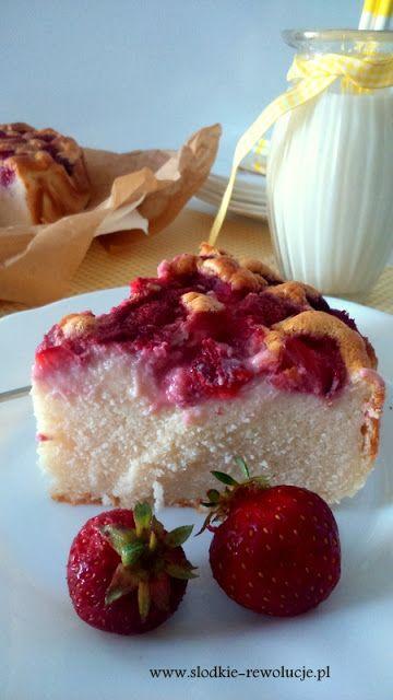 Słodkie Rewolucje: Fit ciasto z truskawkami (bezglutenowe)