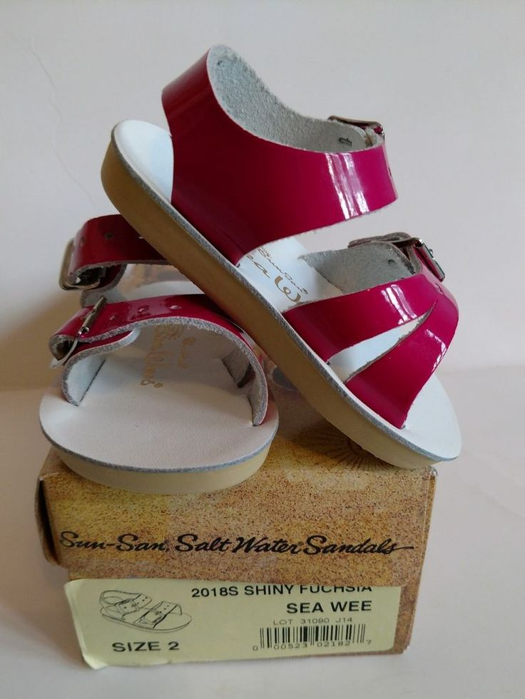 Sea Wees Sandals - New- Sz 2  Shiny Fuchsia Sun San Salt Water  Baby Girl Shoes  #SeaWees #sunsan #sz2