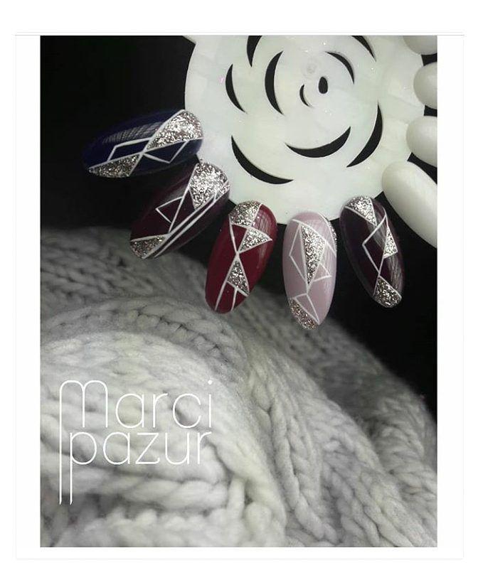 Art white gel - idealny do zdobień. Wyk. zdolnej @marcipazur  #LeVole #beautyservicepl #paznokciezelowe #paznokcie #ysbeauty #paznokcie #żelpasta #gelpaste