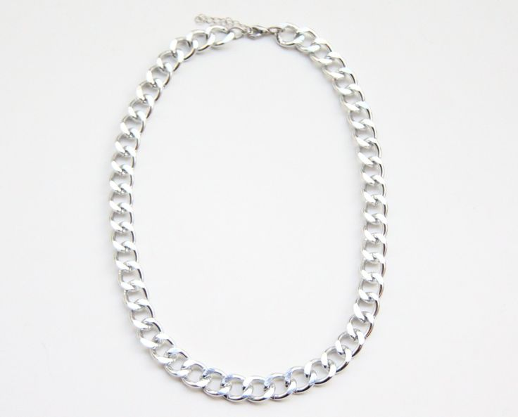 Chunky Chain necklace - Silver plated statement bib