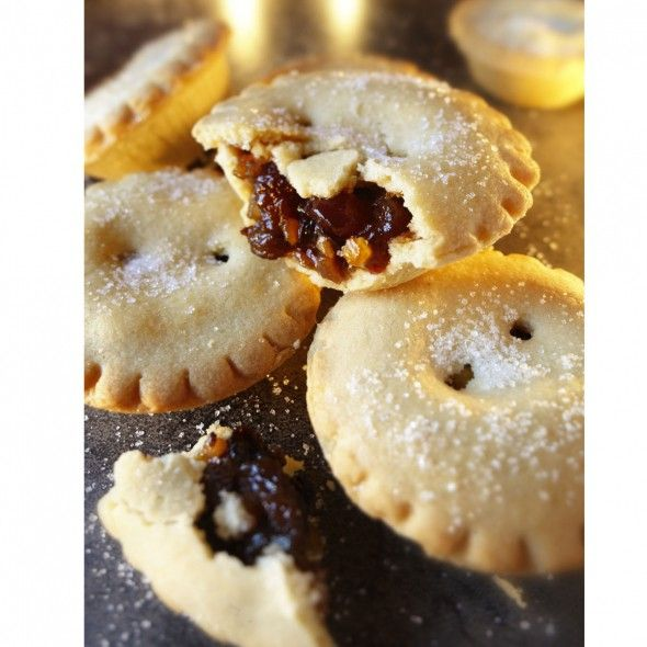 A Christmas recipe from 1922, our first ever Christmas issue: Mince pies! - mine pie recipe - best mince pie recipe - Good Housekeeping