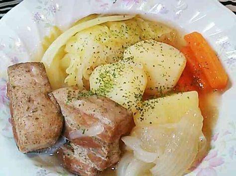 お肉、野菜ゴロゴロ豚バラブロックのポトフ