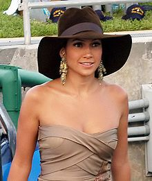 """Jennifer Lynn Lopez (born July 24, 1969) is an American actress, singer, record producer, dancer, television personality, and fashion designer.  She led """"People en Espanol's"""" list of """"100 Most Influential Hispanics"""" in February 2007."""