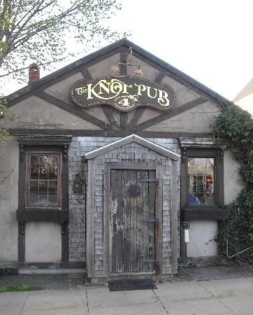 The Knot Pub in Lunenburg Nova Scotia. A real find for us in summer '15!☺
