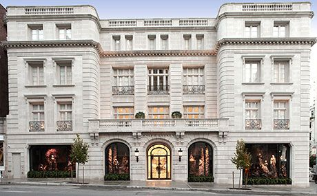 With stores like Valentino, Barneys, Tom Ford and Proenza Schouler, Madison Avenue is a prime shopping destination in NYC.