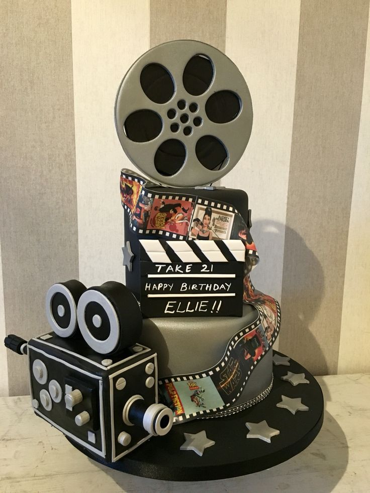 Film lovers cake film reel cake
