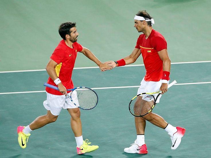 Marc Lopez/Rafael Nadal, Spanien vann guldet i herrarnas dubbel tennis, silver till Florin Mergea/Horia Tecau, Rumänien, brons Steve Johnson/Jack Sock, USA.