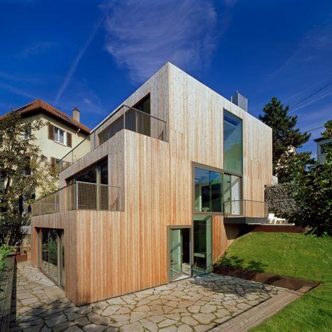 Modernes holzhaus am hang  Die besten 25+ Haus am hang Ideen auf Pinterest | Garten am hang ...