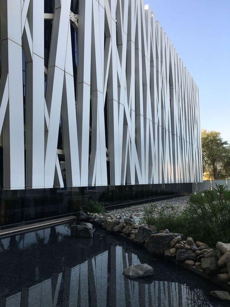 Peddle Thorp - Oasis Hospital, UAE