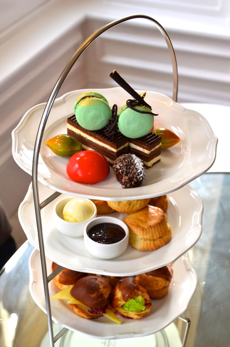 Special chocolate week afternoon tea at The Drawing Rooms at The Ampersand  #ChocolateWeek #AfternoonTea #macaron #London #scone #sweet  http://www.squaremeal.co.uk/restaurant/the-drawing-rooms-at-the-ampersand-hotel