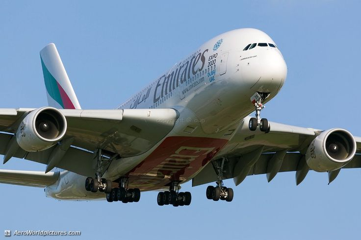 30 Emirates Airbus A380-861 A6-EDR
