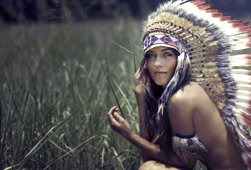 I love this photo....I can't figure out why.: Indian Summer, Head Pieces, Native Indian, Photos Shoots, Indian Princesses, Indian Style, Indian Beautiful, Headpieces, Native American