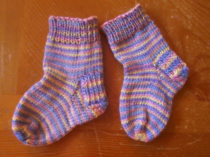 Knitting Pattern Magic Loop Socks : My Virtual Sanity: Free Pattern! Toe Up, Heal Flap, Magic Loop Toddler Socks ...