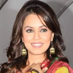 Mahima Chaudhry (Indian, Film Actress) was born on 13-09-1973. Get more info like birth place, age, birth sign, bio, family & relation etc.