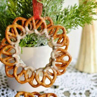 Na vianočných ozdobách z praclíkov si pochutnáte